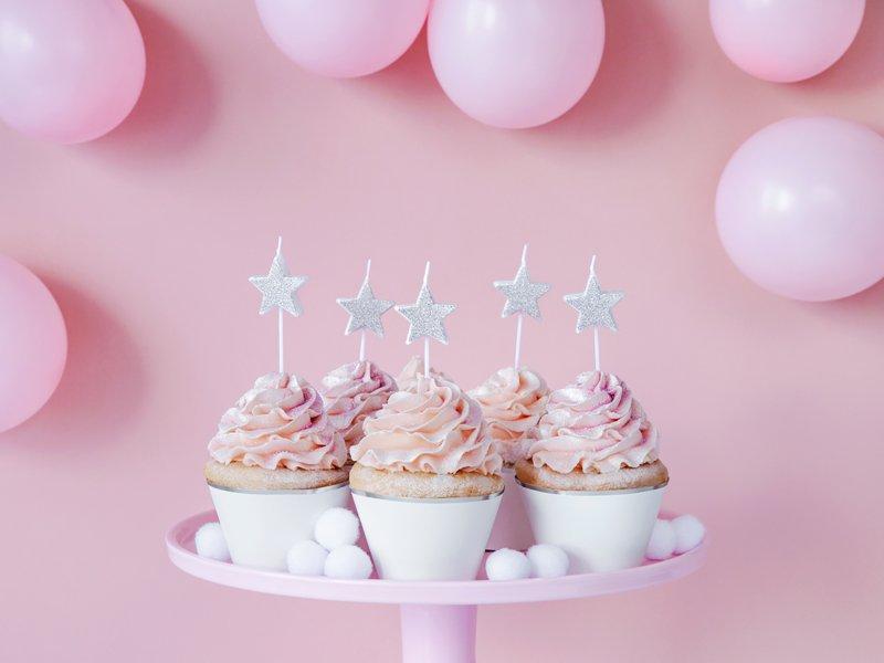 <b>Velas de cumpleaños </b> <br>Estrellas Plateadas, 5 unidades